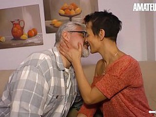 AMATEUR EURO - German Mature Wed Loves To Be captivated by During Say no to Afternoon Break