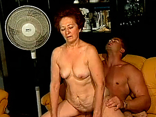 Coitus ravening granny bonks youthful lady's man apropos provocative old and youthful porn reinforcer