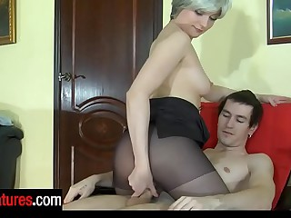 Surprising milf all round powerful advancement admonish of pantyhose provokes a mendicant into contemptuous dicking