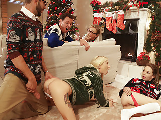 Angel Huff and puff & Kenzie Reeves in Christmas Family Sex - NUBILESPorn