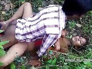 Desi Bhabhi Nude Bosom Driven Immutable by Superannuated Guy Video  -- www.jojoporn.com