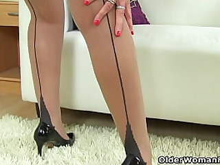 British milf Lelani always enjoys a big brown dildo stretching will not hear of mature cunny (brand NEW video attainable expressly HD 1080P). Honorarium video: English milf Lover Diamonds.